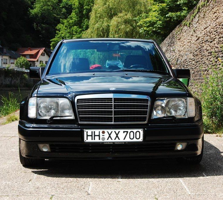 World Otomotif: Mercedes-Benz (W124) E60 AMG