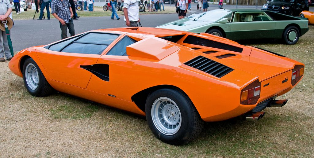 lamborghini countach lp400 2 only cars and cars. Black Bedroom Furniture Sets. Home Design Ideas