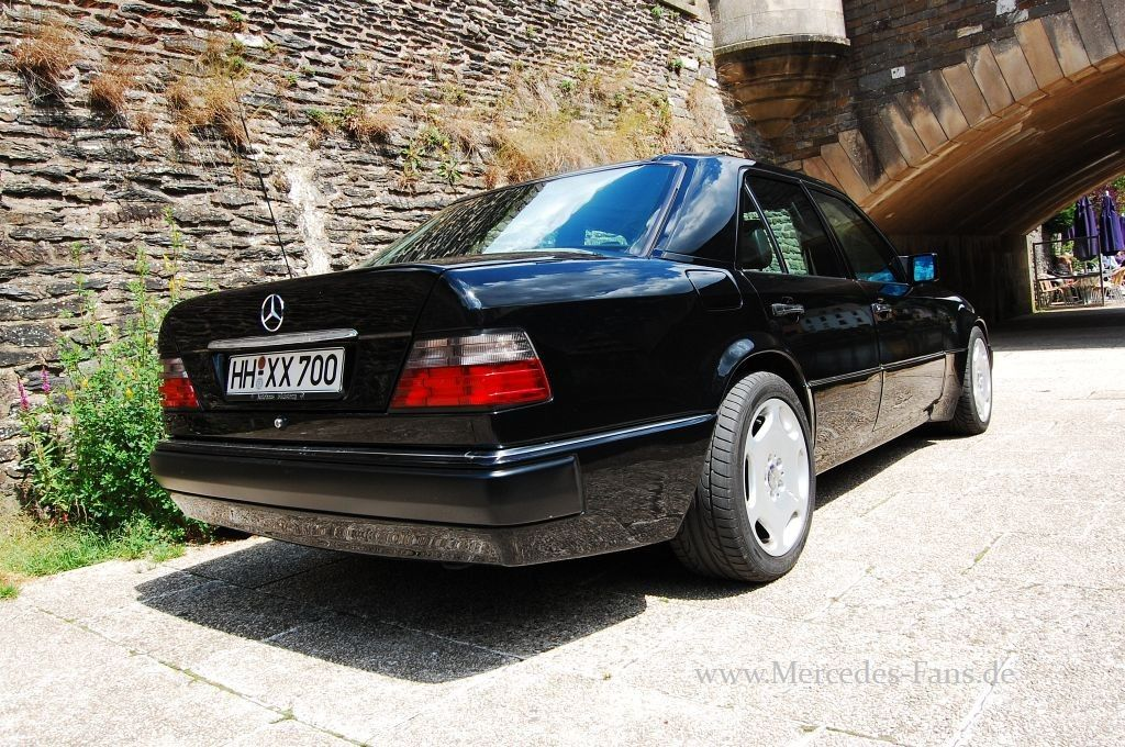 Mercedes benz w124 e60 amg only cars and cars for Mercedes benz e60 amg