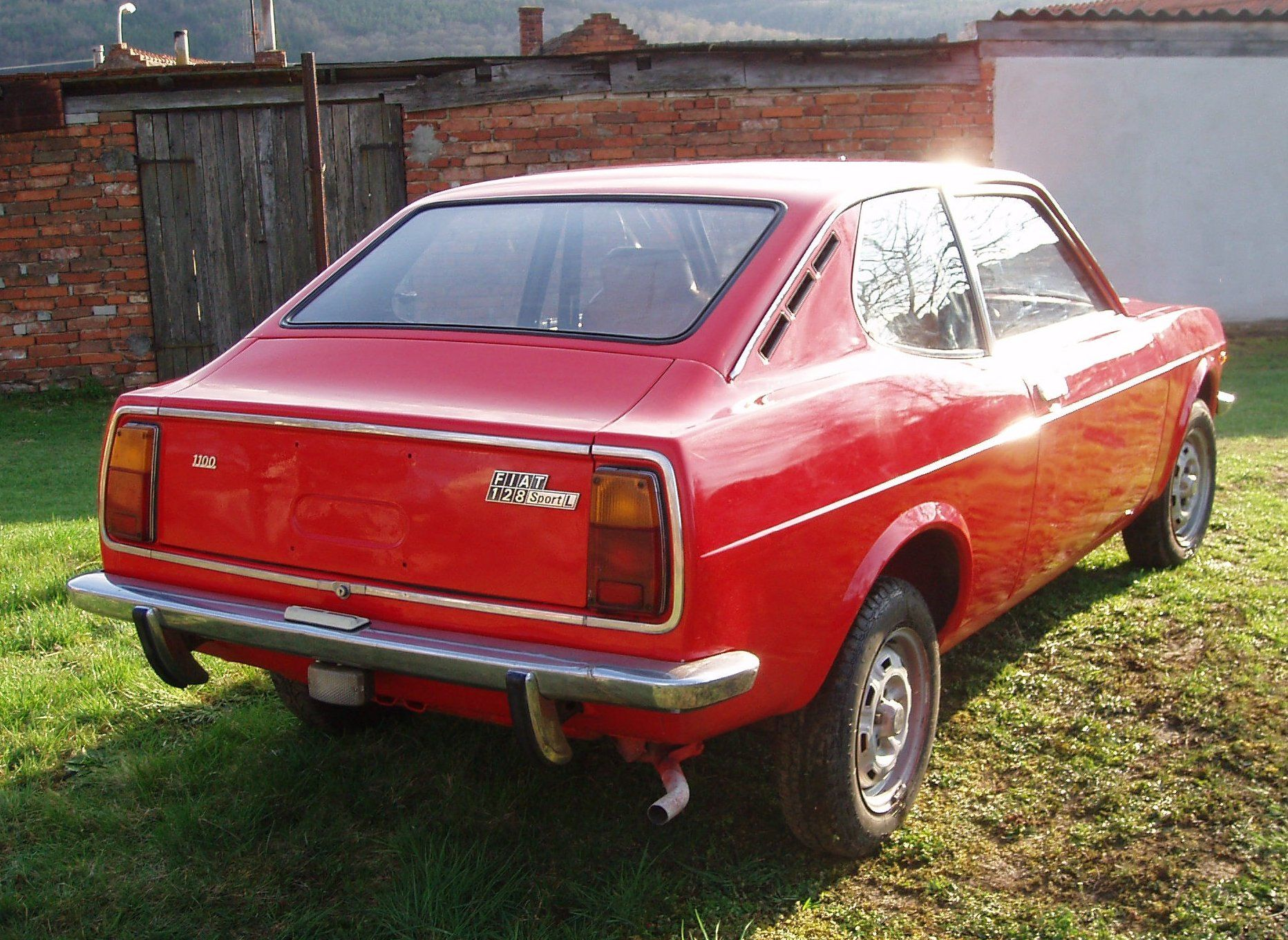 fiat 128 1300 sl sport coupe only cars and cars. Black Bedroom Furniture Sets. Home Design Ideas